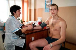 Берут ли врачей в армию
